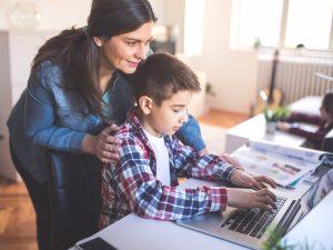 parents_teaching_kids_online