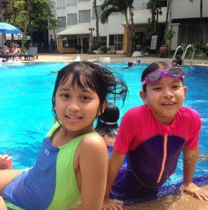 Pool time )_180220_0008