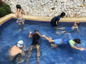 Pool time )_180220_0015