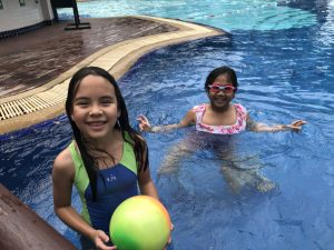 Pool time )_180220_0017